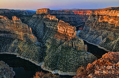 Photograph - Devils Overlook Big Horn Canyon by Gary Beeler