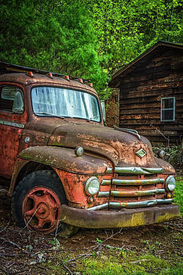 Photograph - Diamond T Vintage Truck II by Debra and Dave Vanderlaan