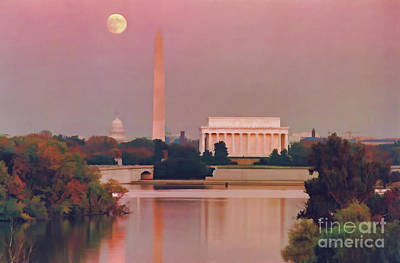 Tourist Attraction Digital Art - Digital Moonrise In Dc by D Hackett