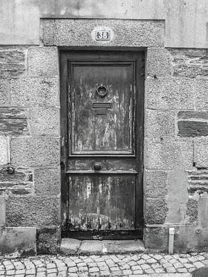 Photograph - Dilapidated Doorway by Helen Northcott