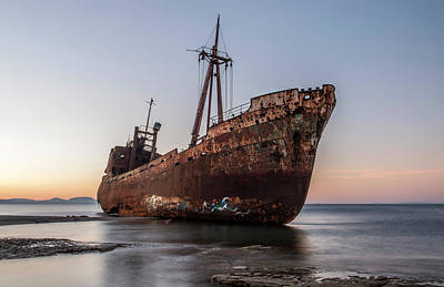 Photograph - Dimitrios Wreck On The Beach by Jaroslaw Blaminsky