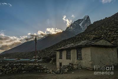 Photograph - Dingboche Nepal Sunrays by Mike Reid
