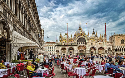 Photograph - Dining On St. Mark's Square by Carolyn Derstine