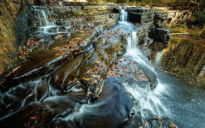 Photograph - Dismal Creek Falls #2 by Joe Shrader