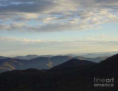 Smokey Mountains Painting - Distance Horizons- Craggy Gardens Nc by Johnnie Stanfield