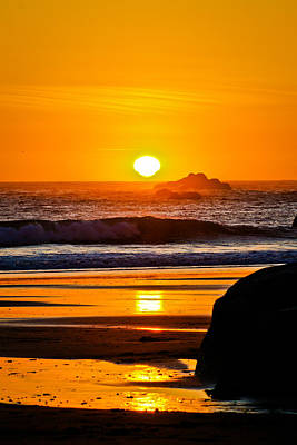 Jake Johnson Photograph - Distorted Sunset by Jake Johnson