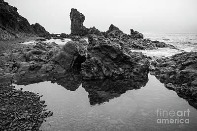 Photograph - Djupalonssandur Beach by Jason Kolenda