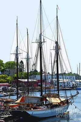 Digital Art - Docked Masts by Kirt Tisdale