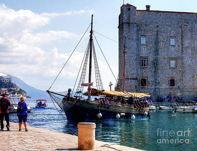 Docking In Dubrovnik Harbour Art Print