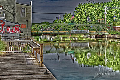 Photograph - Dockside Dining by William Norton