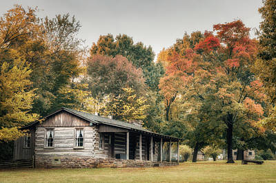 Dog Trots Photograph - Dogtrot House by James Barber