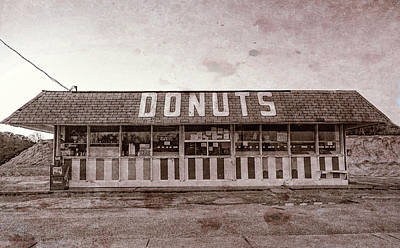 Photograph - Donut Shop No Longer, Vintage, Niceville, Florida by Kay Brewer