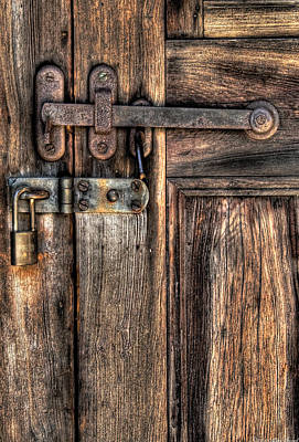 Photograph - Door - The Latch by Mike Savad