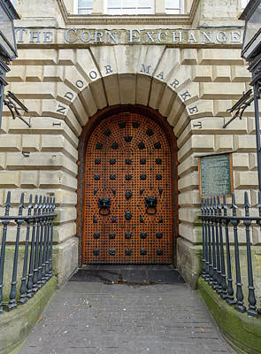 Photograph - Door Of Corn Exchange Building Bristol by Jacek Wojnarowski