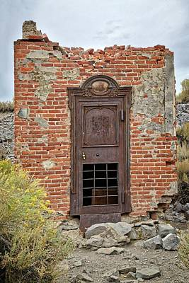 Photograph - Door To The Past by Lynn Bauer