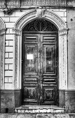 Doors Of Cuba Green Door Bw Art Print