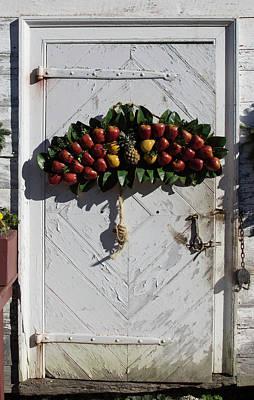 Potting Shed Photograph - Doors Of Williamsburg 96 by Teresa Mucha