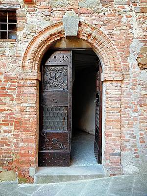 Photograph - Doorway 4 Panicale by Dorothy Berry-Lound