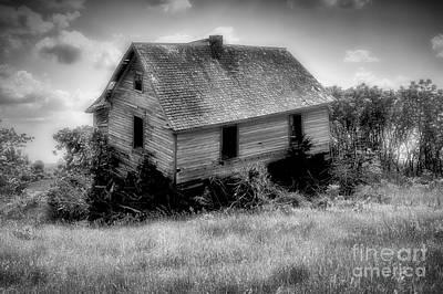 Photograph - Dorothy's House by Fred Lassmann