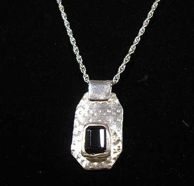 Sterling Silver Chains Jewelry - Dotted Quartz Pendant by Louise Musto-Choate