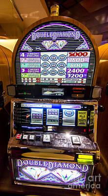 Double Diamond Slot Machine At Lumiere Place Casino Art Print by David Oppenheimer