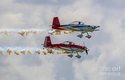Photograph - Double Stunt Planes by Tom Claud
