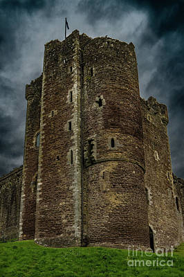 Photograph - Doune Castlle by George Garbeck