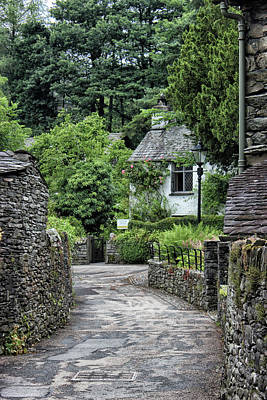 Williams Photograph - Dove Cottage by Martin Newman