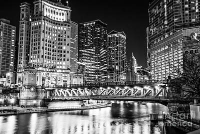 Chicago Loop Photograph - Downtown Chicago Michigan Avenue Bridge Picture by Paul Velgos