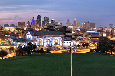 Photograph - Downtown Kansas City Skyline At Dusk by Gregory Ballos