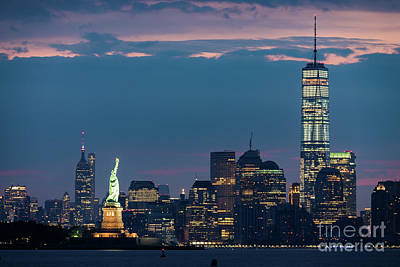 Photograph - Downtown Manhattan At Dawn by Zawhaus Photography