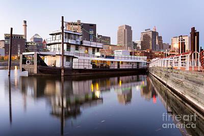 Inn River Photograph - Downtown Mooring by Ernesto Ruiz