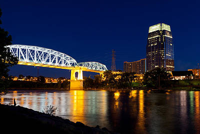 Photograph - Downtown Nashville Skyline At Night by Melinda Fawver