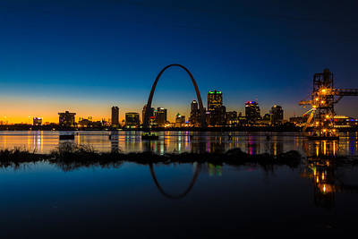 Downtown St. Louis And The Gateway Arch Art Print by Matthew Chapman