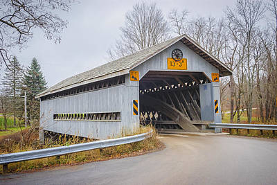 Photograph - Doyle Rd Covered Bridge by Jack R Perry