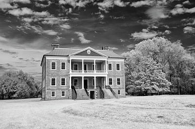 Photograph - Drayton Hall Infrared by Cathie Crow