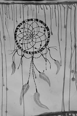 Dreamcatcher Drawing - Dreamcatcher by Vira Khilia