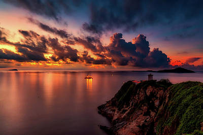 Photograph - Dreamy Sunset by Caroyuen