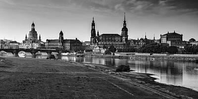 Dresden Wall Art - Photograph - Dresden 04 by Tom Uhlenberg