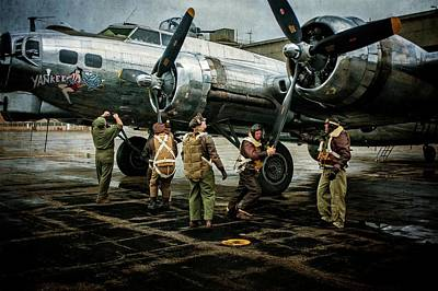 Photograph - Dressing The Engines by Ken Smith
