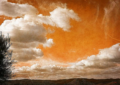 Print featuring the photograph Drifting Through The Valley by Glenn McCarthy Art and Photography