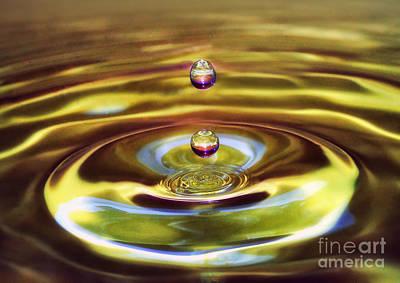 Arnie Goldstein Photograph - Drip Drop by Arnie Goldstein