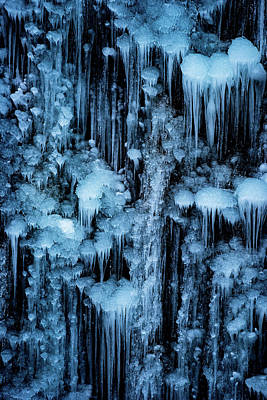 Icicle Photograph - Dripping In Diamonds by Darren White