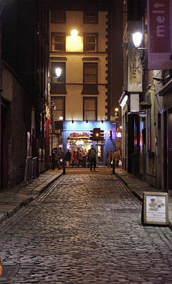 Photograph - Dublin City Street by Henri Irizarri