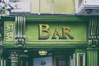 Photograph - Dublin Kelly Green Bar Sign by Georgia Fowler