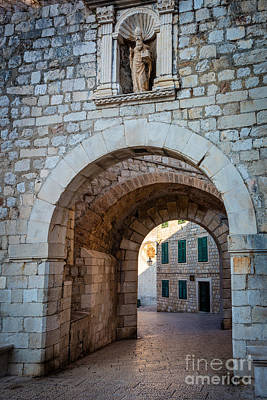 Brick Buildings Photograph - Dubrovnik Entrance by Inge Johnsson