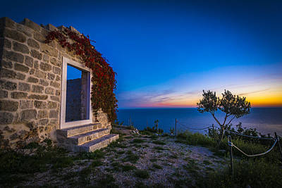 Photograph - Dubrovnik Ruins by Francisco Gomez