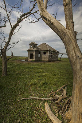One Room School Houses Photograph - Dubuque One Room School House by Chris Harris