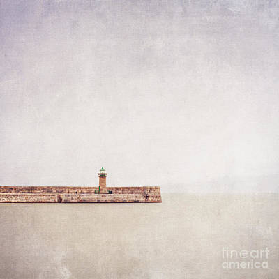 Wall Art - Photograph - Dun Laoghaire Lighthouse by Maggy Morrissey