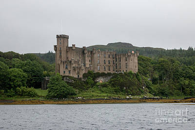 Photograph - Dunvegan Castle by Pietro Ebner